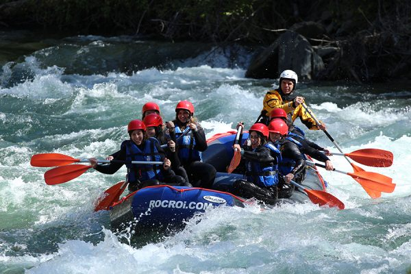 deportes de aventura rafting noguera pallaresa roc roi