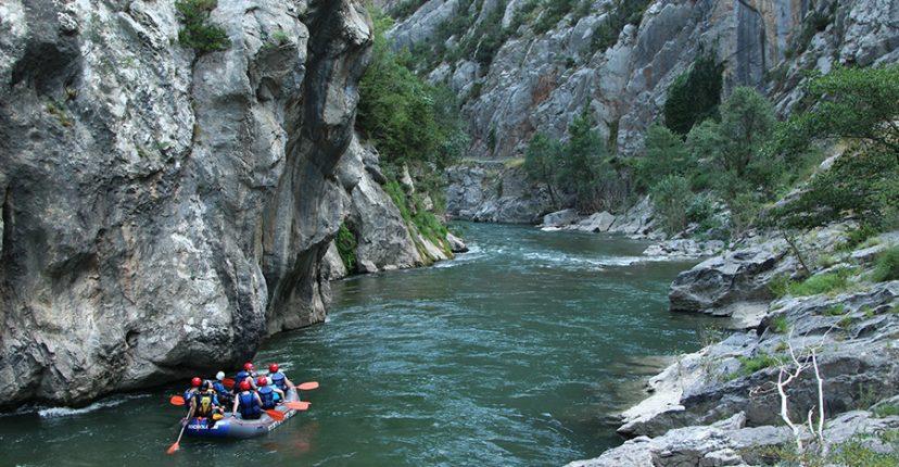 deportes de aventura rafting noguera pallaresa