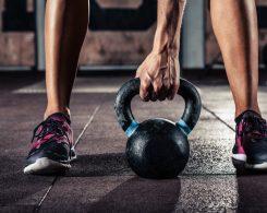 rutina d'exercicis per a triatletes amb kettlebell