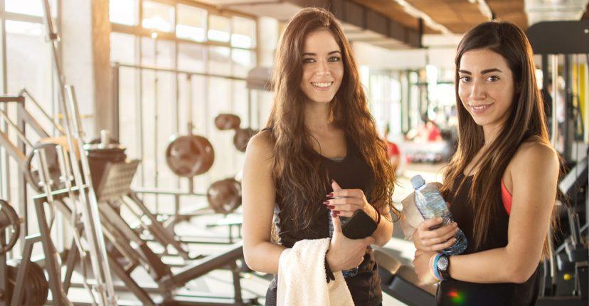 consejos para ser constante en la rutina de entrenamiento en el gimnasio