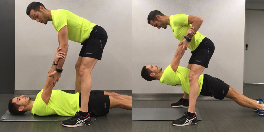 ejercicio de remo por parejas