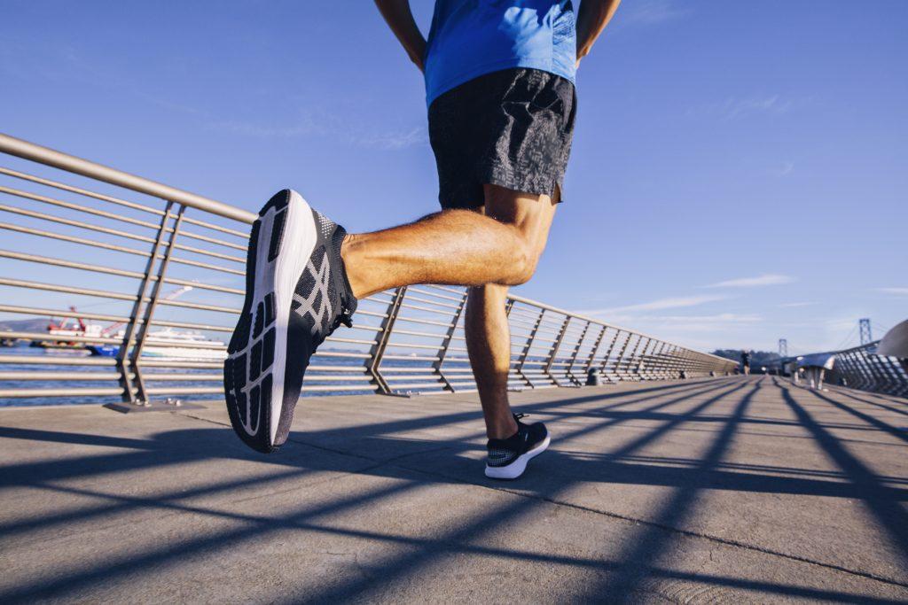 rompiendo mitos relacionados con el ejercicio y entrenando con bambas asics