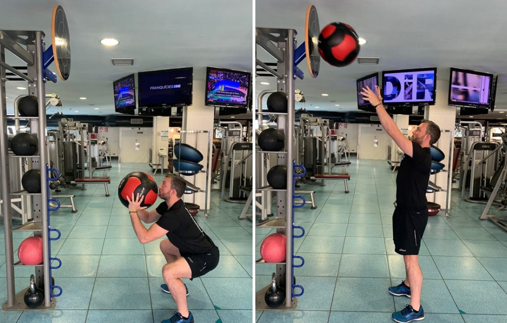 ejercicios con balón medicinal wall ball