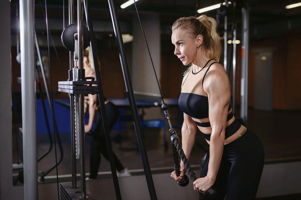 exercicis per tonificar braços triceps