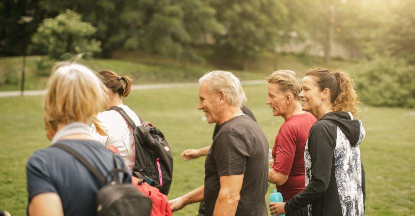 Caminar per fer exercici proporciona beneficis reals per a moltes persones