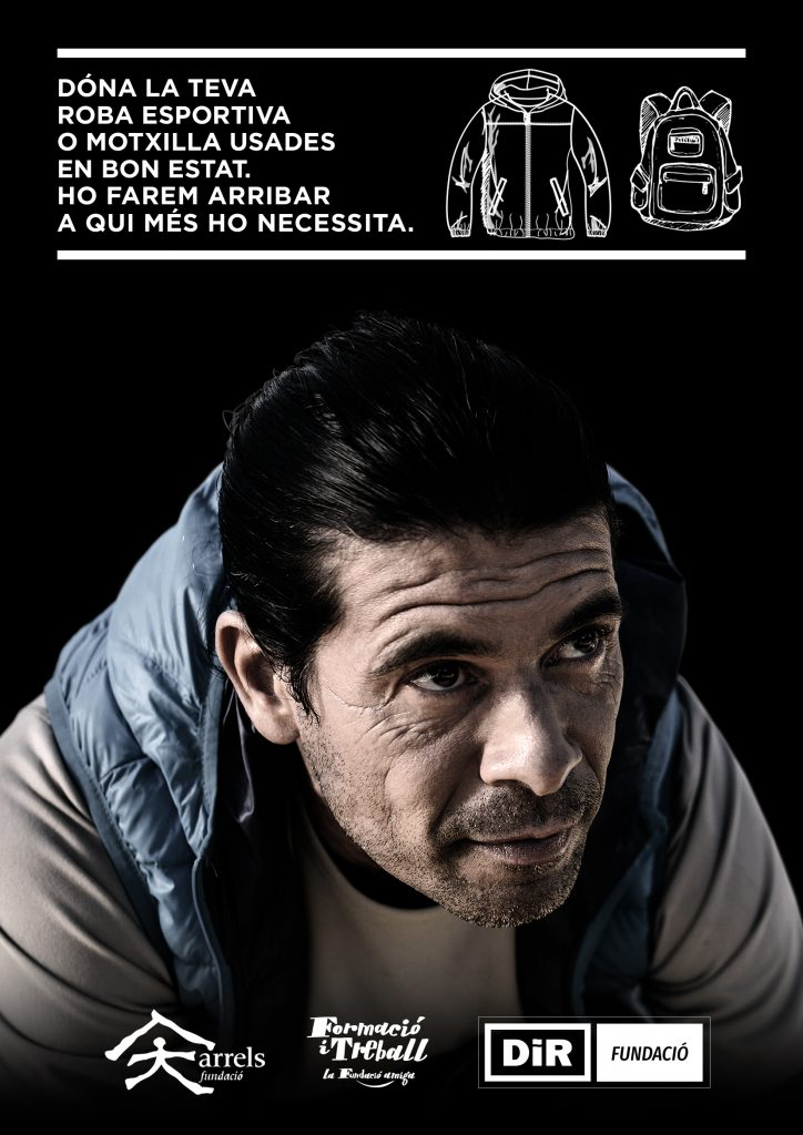 Cartell Campanya recollida de roba amb la Fundació Arrels i Fundació Formació i Treball